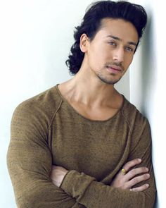 Actor Tiger Shroff Contact