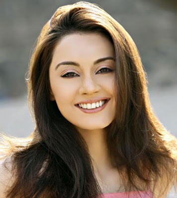 Actress Minisha Lamba Contact
