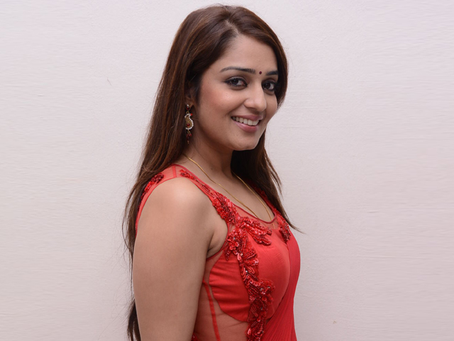 Telugu Actress Nikita Thukral Contact Details